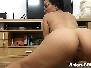 Asian Mom with Perfect Body Opens Pussy - Asian-BBW.com