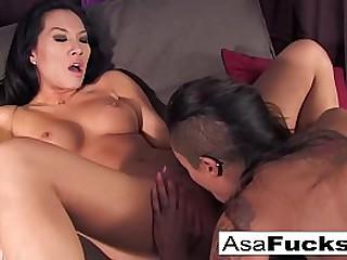 Asian babe fucks her ebony friend