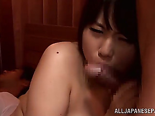 Plump cowgirl with large wobblers getting deepthroat feasting